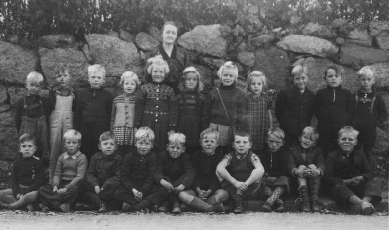 Pogeskolen 1946