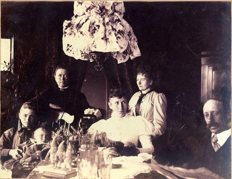 Jul i Hasle o 1900