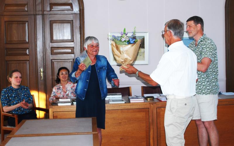 Linda Starn modtager prisen